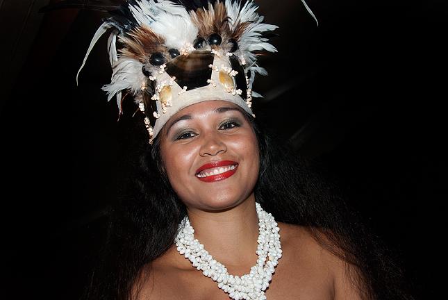 06028-Lekce-tance--na-Tahiti