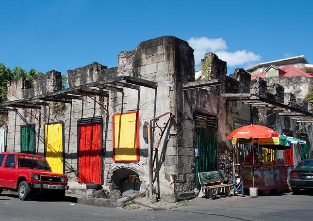 Ruins Rock Café v Ruseau